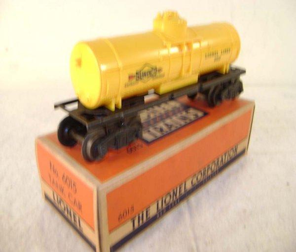 18: ABT: Lionel #6015 Yellow Sunoco Tank Car/Nice OB