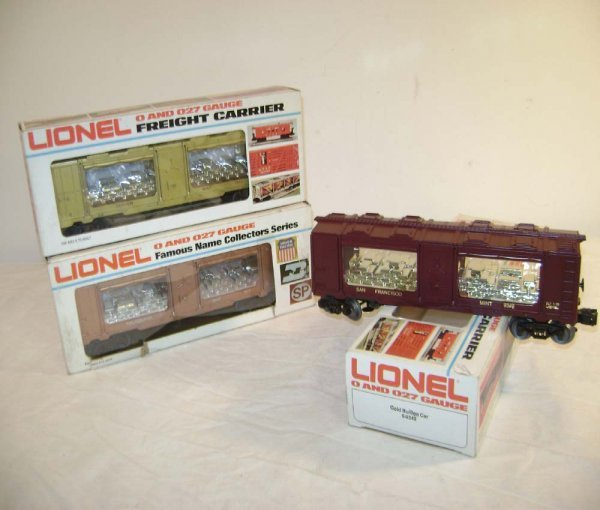 413: ABT: 3 Mint Lionel Mint Cars/OBs