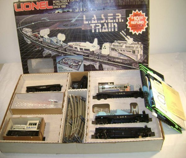 1064: ABT: Nice Lionel #1150 Laser Set/OB