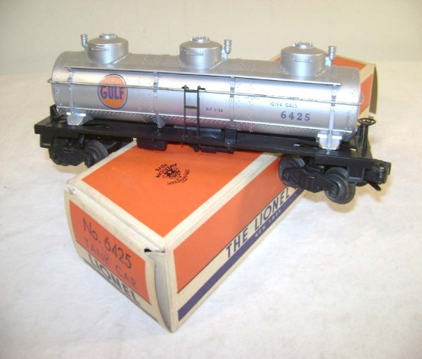 7: ABT: Lionel #6425 Gulf Three Dome Tank Car/ OB