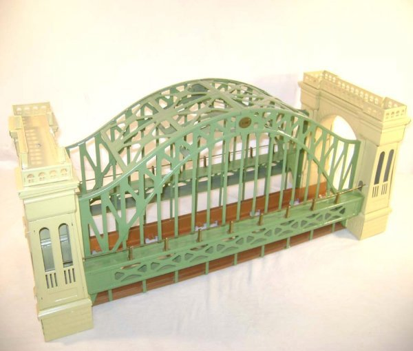 24: ABT: MTH #10-1015 Hellgate Bridge/Early Colors