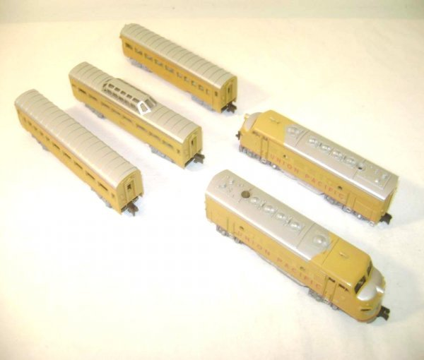 18: ABT: TT Rokal #01141 Union Pacific 5 Piece Passenge