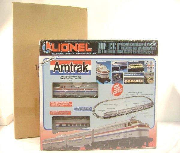 15: ABT: Mint/Sealed Lionel #11748 Amtrak Passenger Set