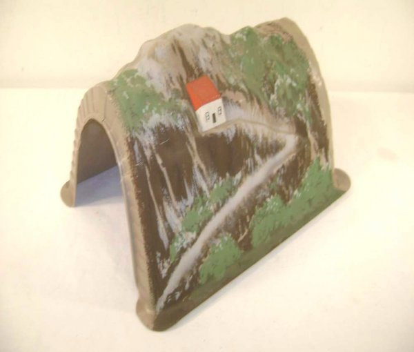 20: ABT: Very Rare Lionel #119 O Gauge 1950s Tunnel