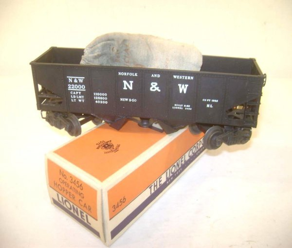 23: ABT: Great Lionel #3456 N&W Operating Hopper/Brick