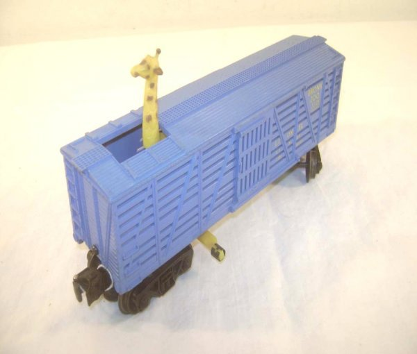 3: ABT: Scarce Lionel #3376 Blue Operating Giraffe Car