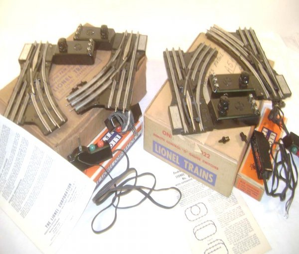 14: ABT: 2 Pairs Lionel #022 O Gauge Switches/OBs