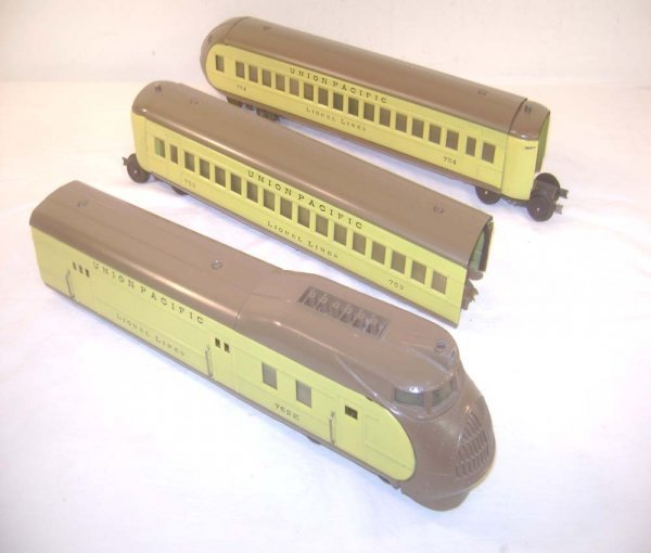 15: ABT: Lionel #752E Yellow/Brown City of Portland 3-p