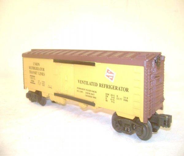 279: ABT: 5 Assorted Lionel Fallen Flags RR Freight Car - 2