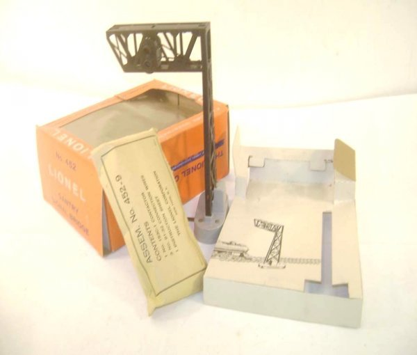 4: ABT: Mint Lionel #452 Gantry Signal Bridge/OB+