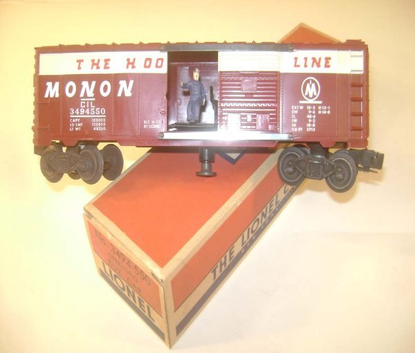 10: ABT: Great Lionel #3494-550 Operating Monon Box Car