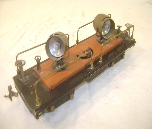21: ABT: Lionel #220 Terra-Cotta/Brass Searchlight Car