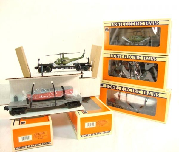 4: ABT: 5 Mint Lionel Assorted Flat Cars with Loads/OBs