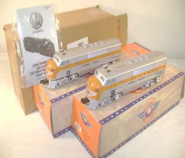 175: ABT: Lionel #18191 Western Pacific F-3 AA Diesels