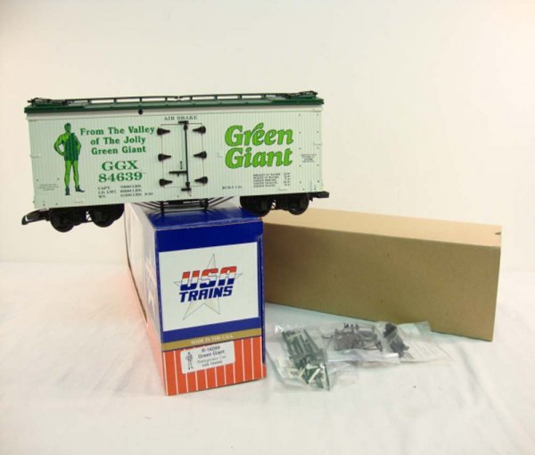 6: ABT: USA G Scale #R-16049 Green Giant Refrigerator C