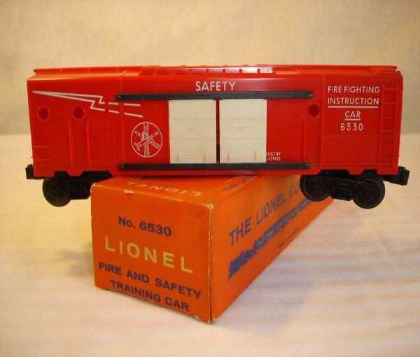 13: ABT: Mint Lionel #6530 Fire Fighting Car/OBThis is
