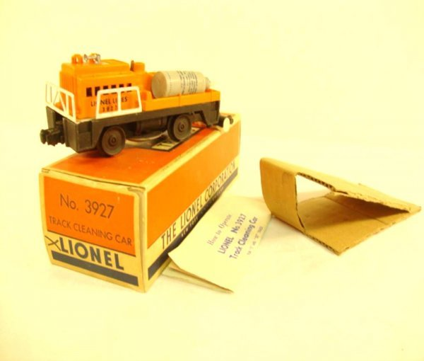 16: ABT: Lionel #3927 Track Cleaning Car/OB+