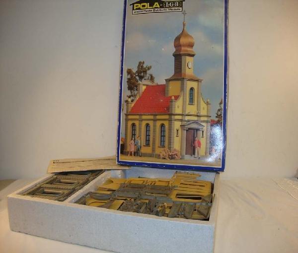 8: ABT: LGB G Scale: #990 Church Kit/OB