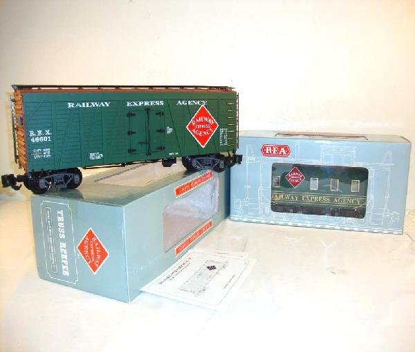 16: ABT: G Scale: Aristo #46601 Truss Reefer/42105 Cabo