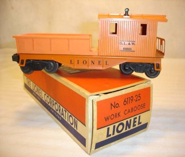 1011: ABT:Lionel #6119-25 Orange DL&W Caboose/OB