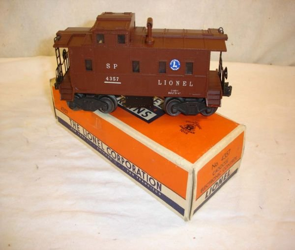 1017: ABT:Lionel #4357 SP-Type Electronic Caboose/OB