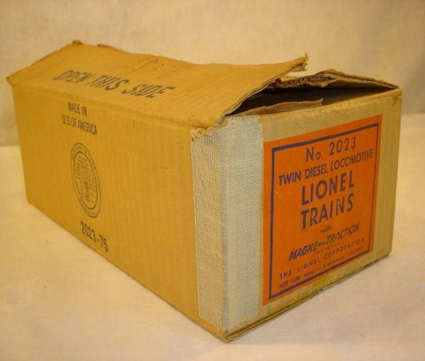 1019: ABT:Brick Lionel #2023 UP 1950 Engine Box