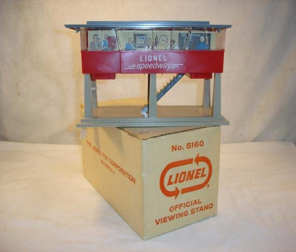 1087: ABT:Mint Lionel #5160 Slot Cars Viewing Stand/OB