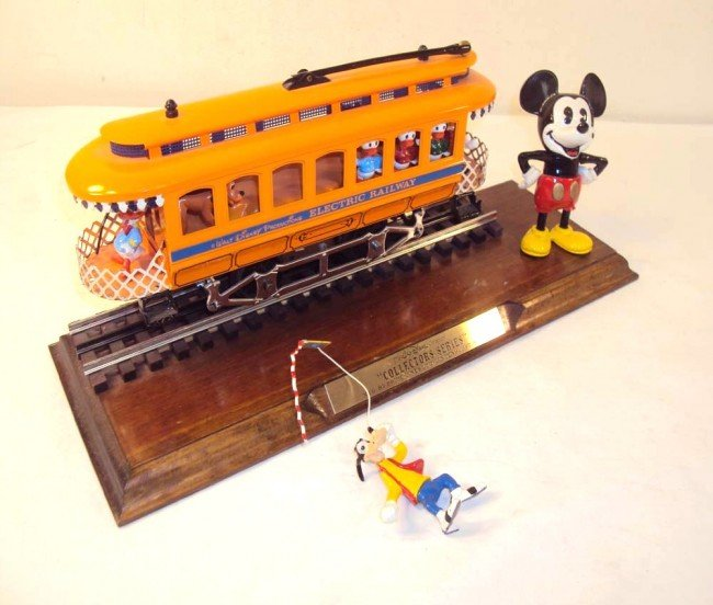 3: ABT: Price Lines Mickey Mouse & Characters Trolley &