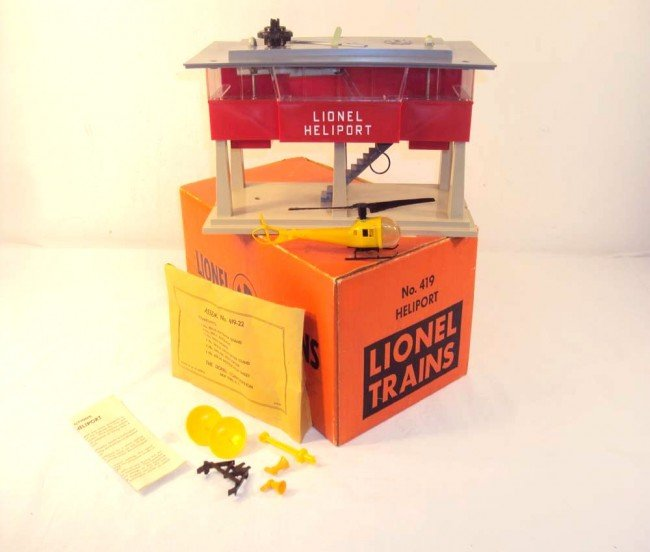 7: ABT: Great Lionel #419 Operating Heliport/OB+