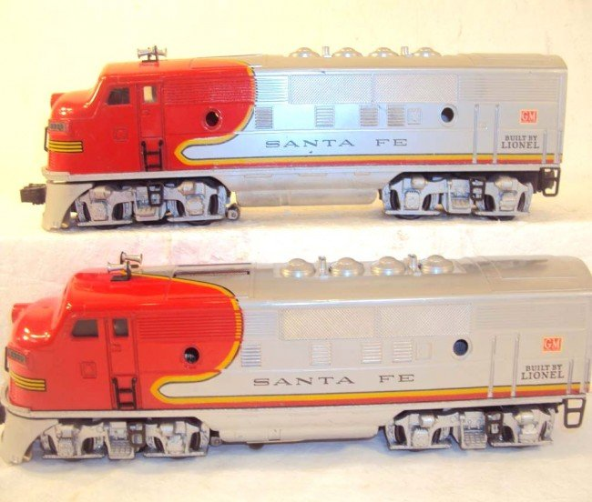 10: ABT: Nice Lionel #2333 High Red-Decal Santa Fe AA D - 3
