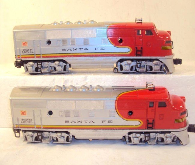 10: ABT: Nice Lionel #2333 High Red-Decal Santa Fe AA D - 6