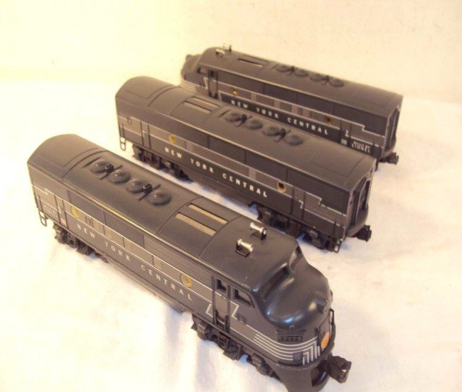 65: ABT: Lionel #2344 New York Central F-3 ABA Diesels