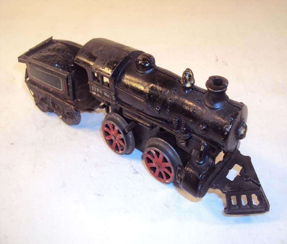 4: ABT: Early Ives O Gauge #5 Clockwork Steam Engine &