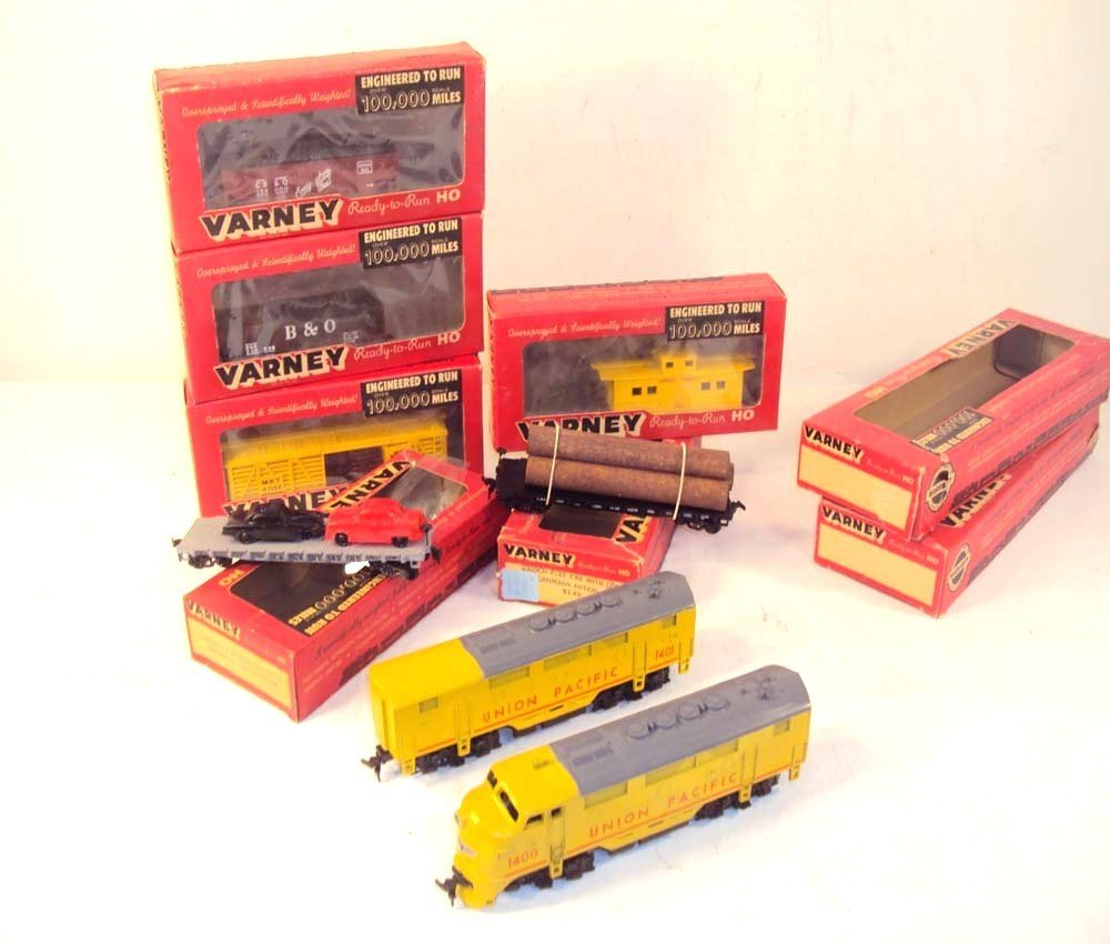 2: ABT: Assortment HO Varney UP Diesels & Rolling Stock