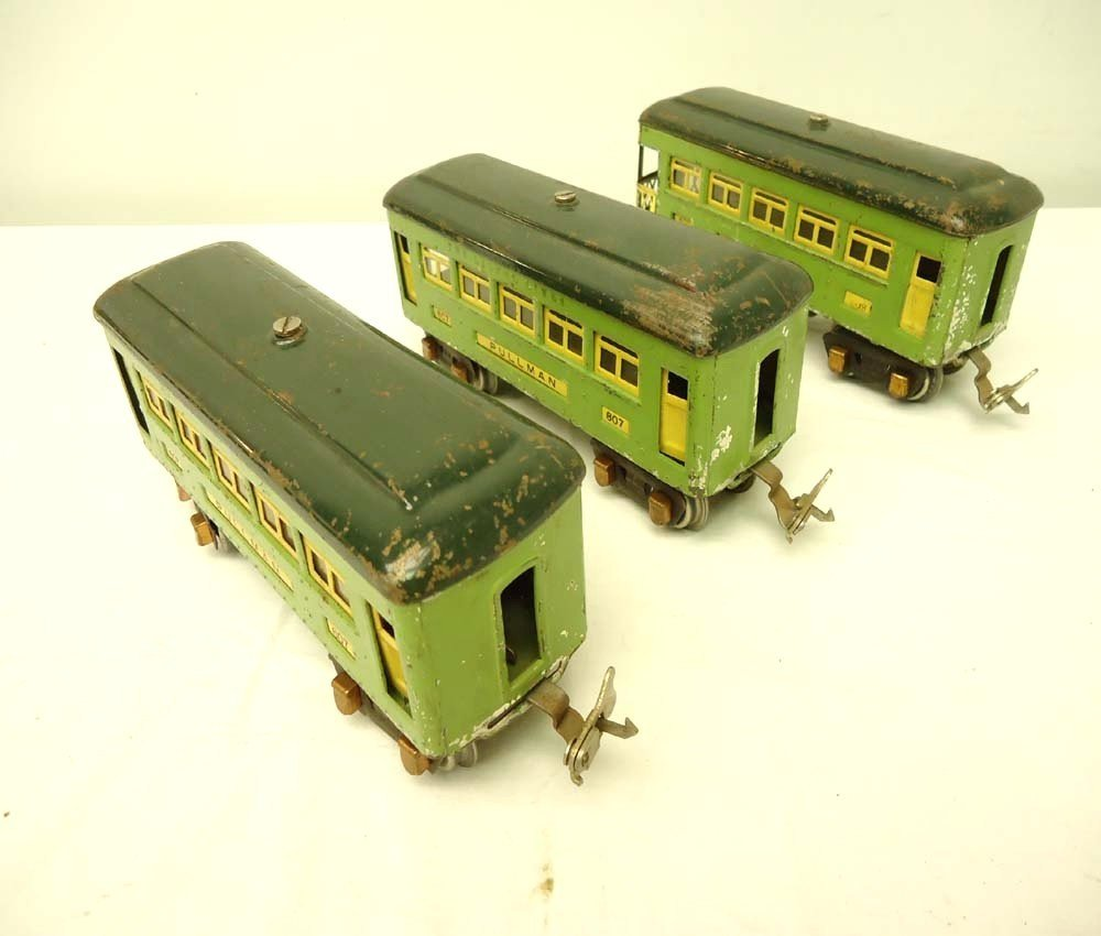 3: ABT: Lionel #607 (2) & #608 Two-Tone Green Passenger