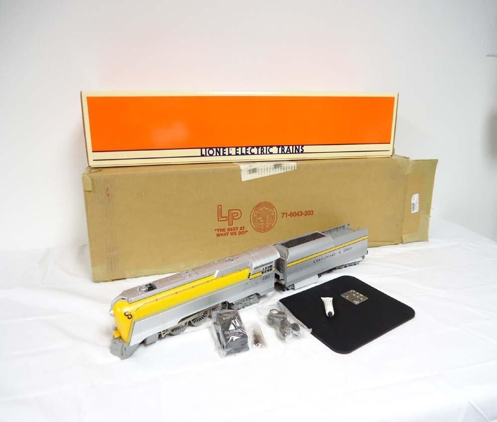 5: ABT: Mint Lionel #18043 Semi-Scale C&O Streamline St