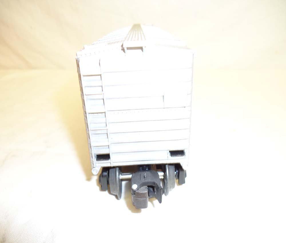 81: ABT: Lionel #16776 1997 Holiday Rail Sounds Box Car - 9
