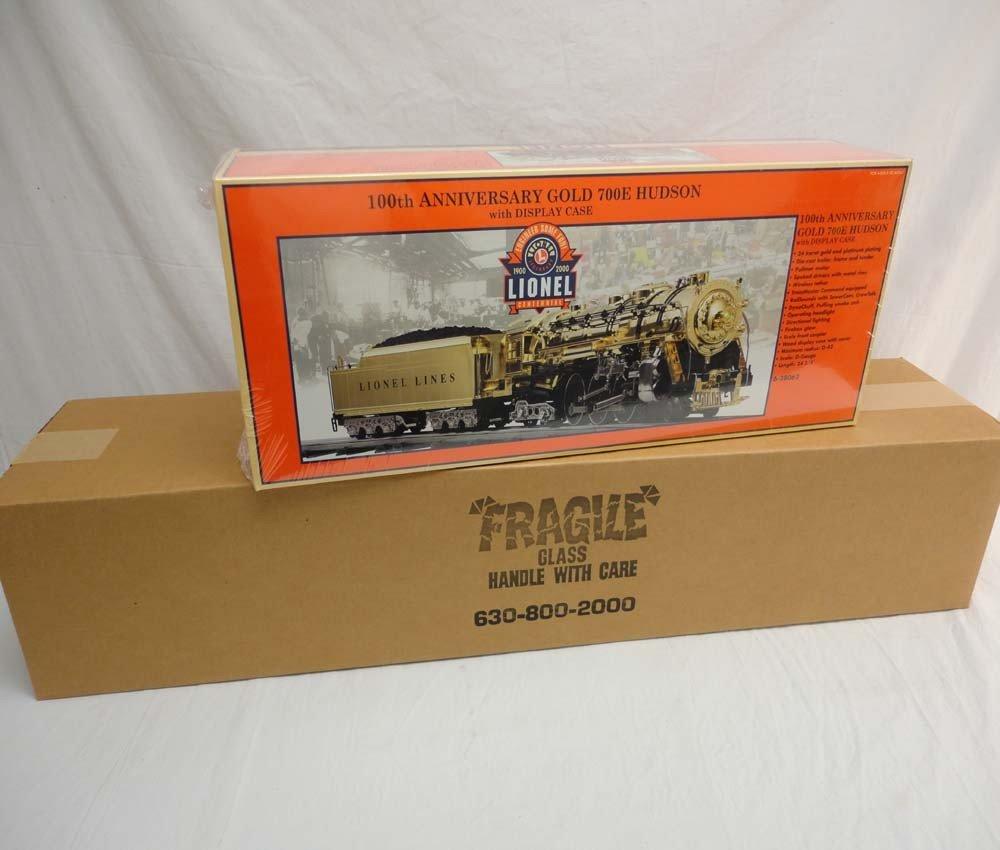 200: ABT: Mint/Sealed Lionel #28062 Gold Hudson 700E 10