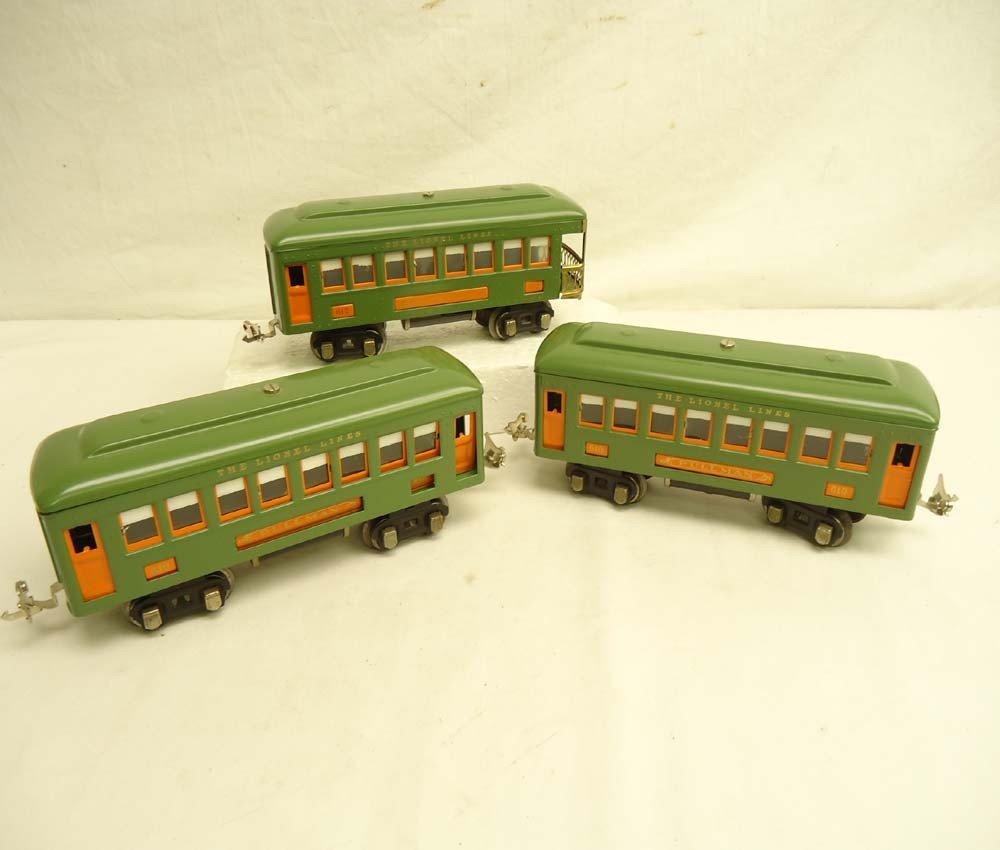 8: ABT: Lionel #610 (2) & #612 Green Passenger Cars (R)
