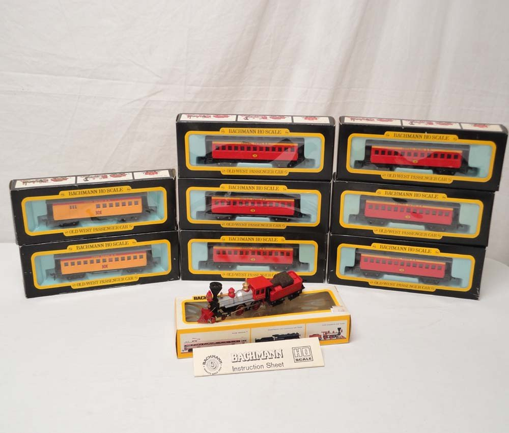 8: ABT: Bachmann HO Scale: Engine, Tender and 8 Passeng