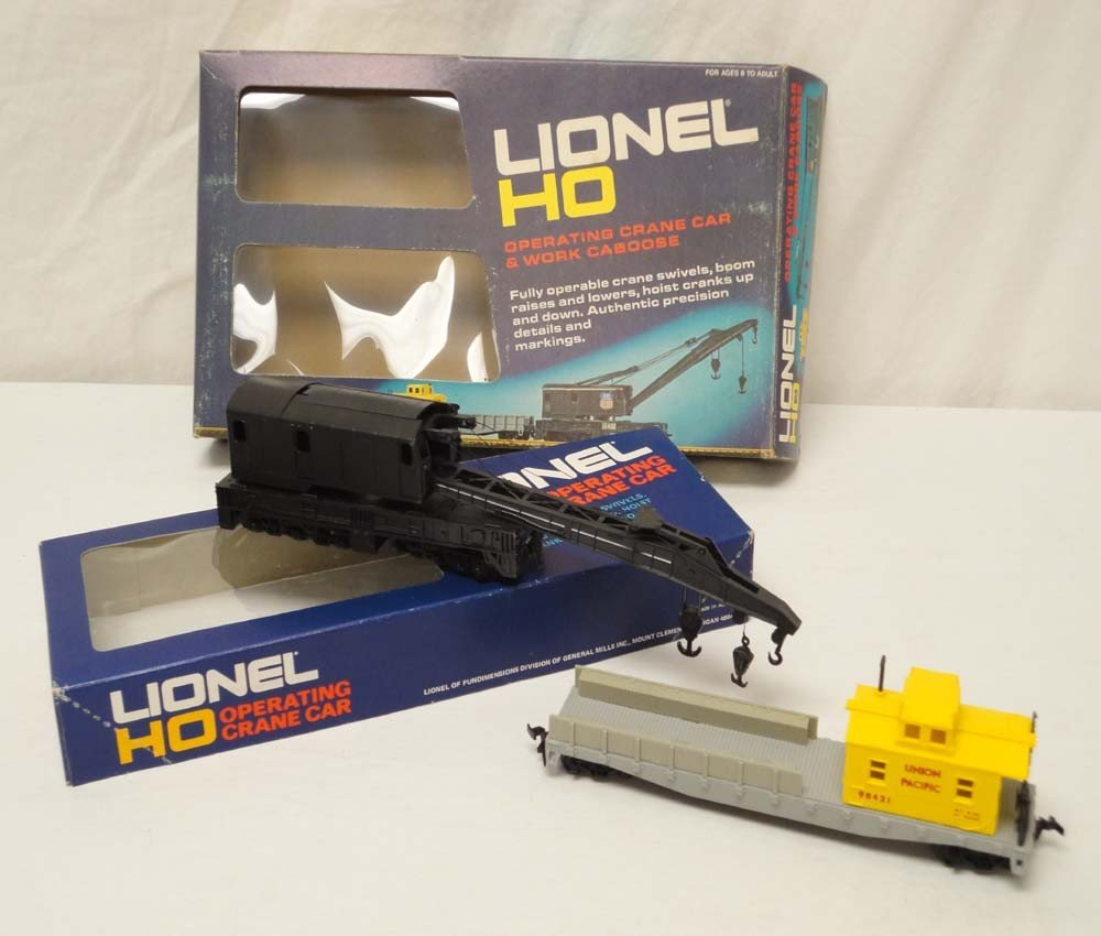 12: ABT: Lionel HO Scale: #5-8422 Operating Crane and W