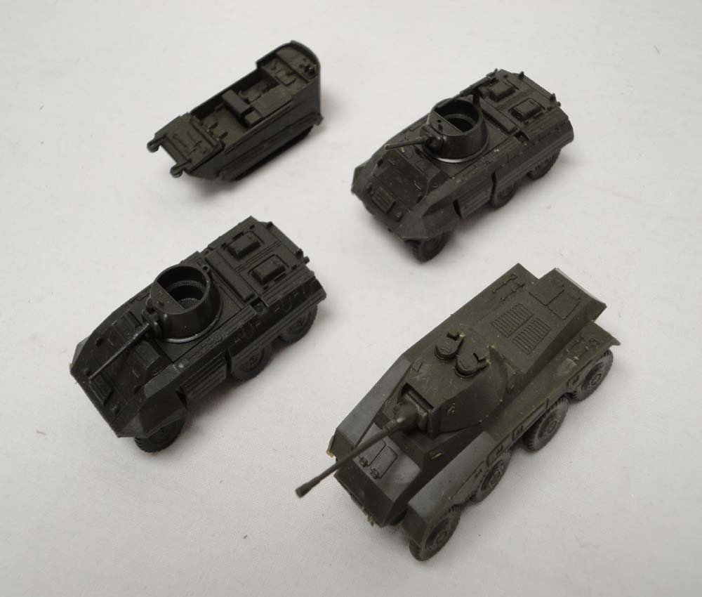 20: ABT: Roco HO Scale: 33 Military Vehicles and Air Cr - 10