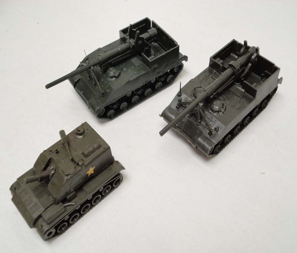 20: ABT: Roco HO Scale: 33 Military Vehicles and Air Cr - 3