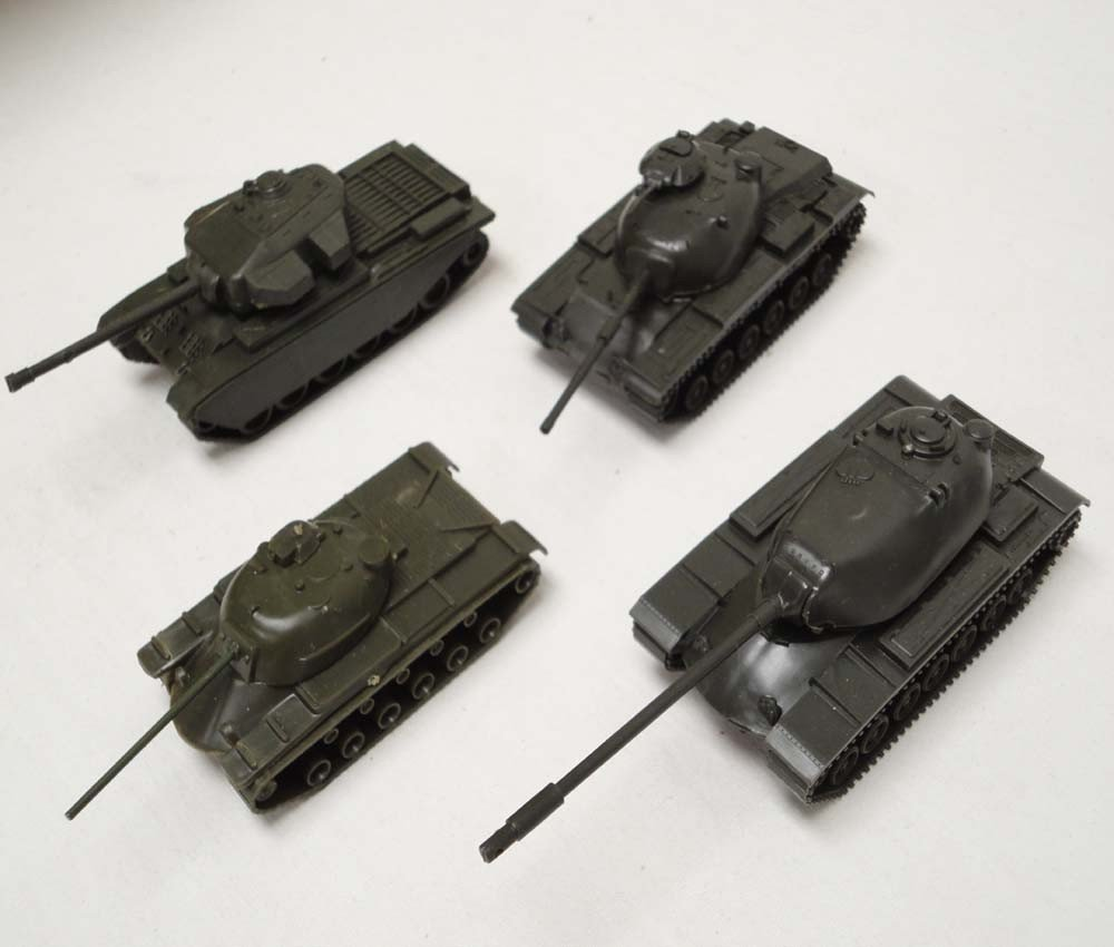 20: ABT: Roco HO Scale: 33 Military Vehicles and Air Cr - 4