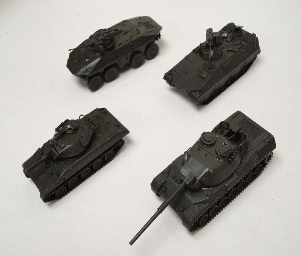 20: ABT: Roco HO Scale: 33 Military Vehicles and Air Cr - 8