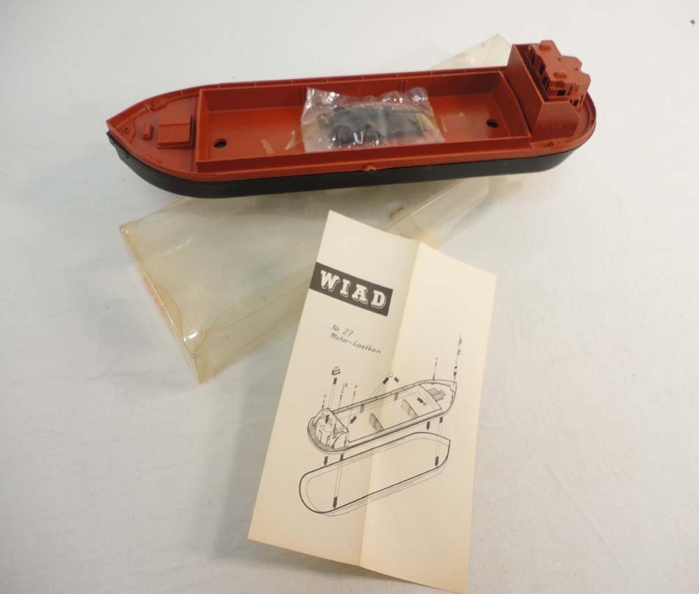 23: ABT: Wiad HO Scale: #27 Motor Boat Kit/OB