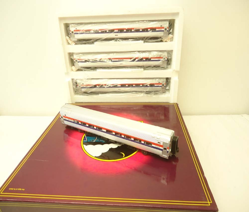 11: ABT: Mint MTH #20-6519 Amtrak 4 Car Amfleet Scale P