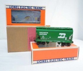 ABT: Mint Lionel #6190 Two-Bay Hoppers From B&A Set