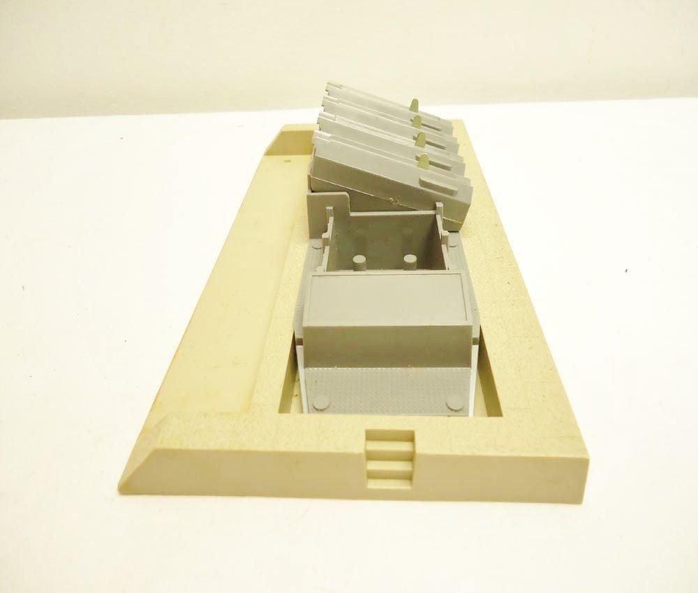 6: ABT: Great Lionel HO #0480 Missile Firing Range Set/ - 7