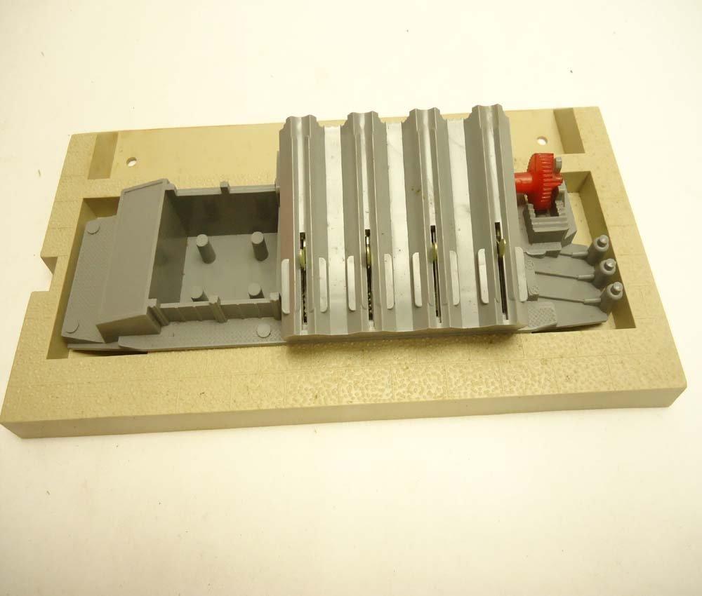 6: ABT: Great Lionel HO #0480 Missile Firing Range Set/ - 8